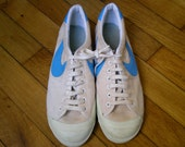 NIKE Vintage 80's white and blue - Men Size 10