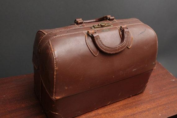 "Vintage brown leather doctors bag ""Emdee by Schell"" - breif case Dr's sachel"