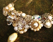 Bridal Vintage Bib Necklace with Pearls and Rhinestones for Wedding