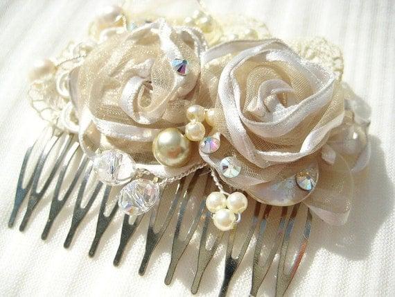 Bridal Hair Comb- Cream Bridal Clip- Bridal hair accessories- Wedding Hairpiece- Flower Hair Clip- Vintage Hair Accessories-Bridal Hairpiece