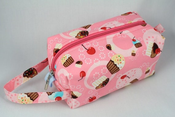 Knitting Boxy pouch, Sock Bag knitting bag or small project pouch. Unique metal zipper pull. Pink cupcakes and cherries