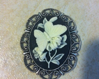 Spring Butterfly White and Black Brooch Vintage Victorian Cameo Scarf Purse Charm