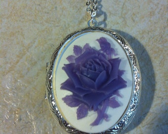Kawaii Locket Lavender & White Rose Cameo Ladies Silver Filegre art designer Necklace Pendant