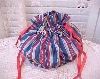 Lovely Vintage Embroidered Drawstring Bag for Jewelry