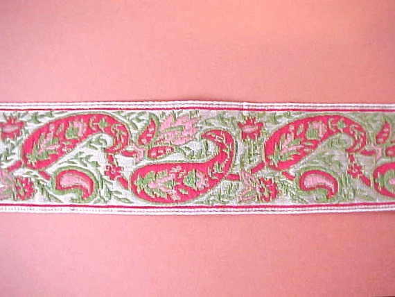 Charming Vintage Ribbon in Beautiful Paisley Jacquard of Metallic Gold, Rose, Moss and Red