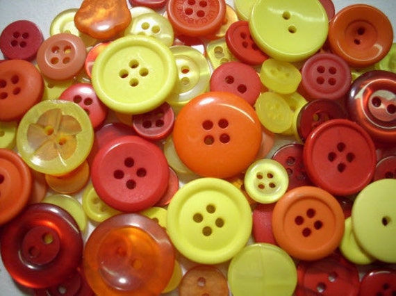 """300 Mixed Solar Flare Buttons - Red, Dark Cranberry Red, Orange, Deep Orange, Tangerine, Yellow, sizes 1/4"""" up to 1-1/4"""""""