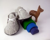 Baby shoes, felt, baby clothes, felted wool, baby boy booties, soft sole baby shoes, Sz. 6 - 12 months