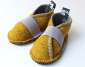Toddler shoes, children clothing, wool felt and fleece, solar power yellow, graphite grey, felt booties, waldorf style, spring, 12m - 3T