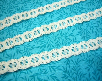 2 yards of 1/2 inch white galloon chantilly lace trim for wedding, bridal, baby, lingerie, hair accessories by MarlenesAttic - Item CG