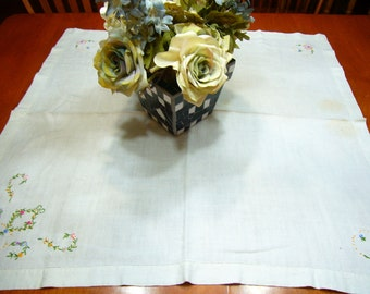Vintage Ivory Linen Kitchen tablecloth with embroidered designs for housewares, home decor, card table by MarlenesAttic