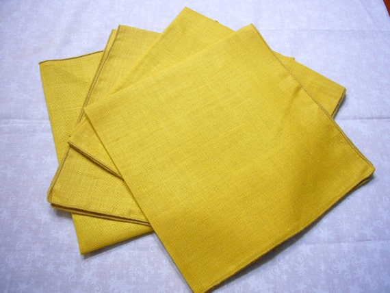 Set of 4 vintage mustard yellow linen napkins for home decor, housewares, dining, picnic by MarlenesAttic