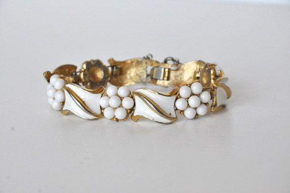 Vintage Crown Trifari White Enamel Bracelet