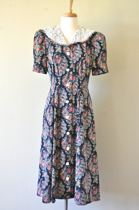 Vintage Leslie Fay Navy and Rose Floral Dress
