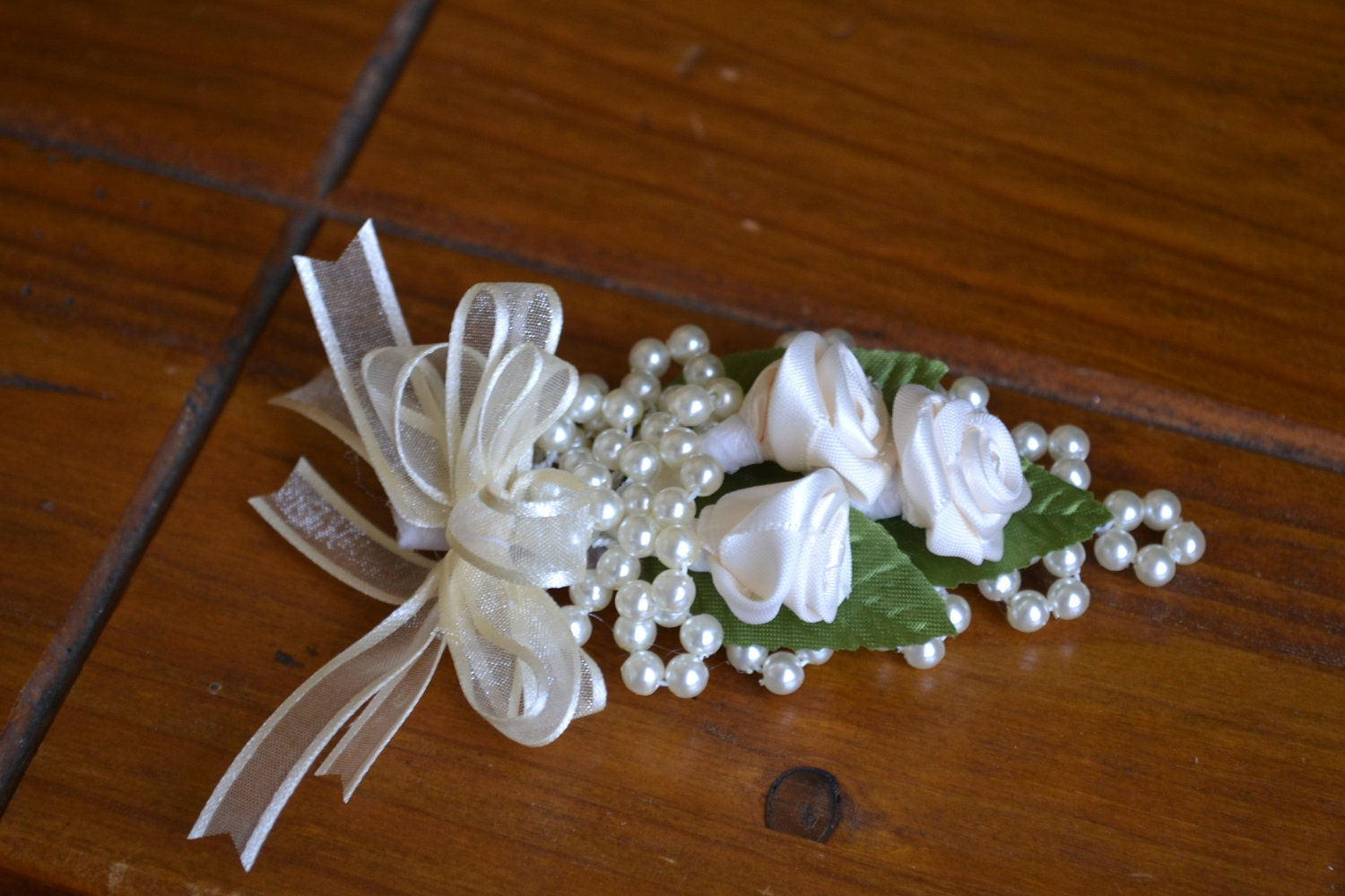 Wedding Men s Boutonniere Traditional Ivory Flowers by CasaAraiza