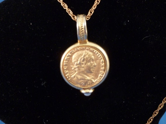 Gold Coin and pearl Necklace ( N73)