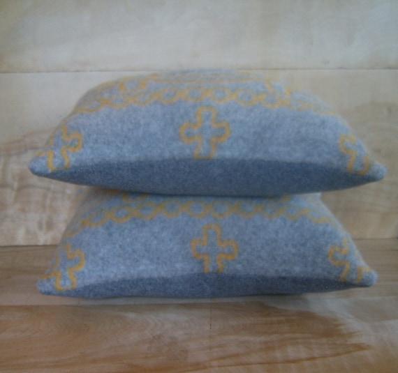 SALE - Pendleton Wool Pillow Pair, 11x14