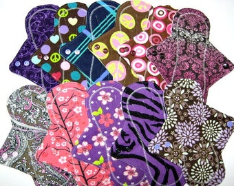 "9"" Reusable Mama Cloth Pads / Menstrual Pads / Incontinence Pads - Set of 6 - Super Flow - Customize Your Order"