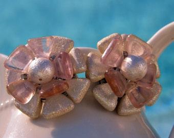 Super Cute Pink Flower Earrings