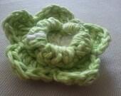 Esperanza flower - FREE Crochet PATTERN - flower embellishment for hat, scarf, hairband or clothing