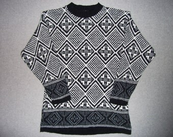 Vintage 80s Nordic Ski Winter Hipster Black and White Sweater Geometric Ugly Christmas Party Tacky Gaudy X-Mas Made in USA L Large M Medium