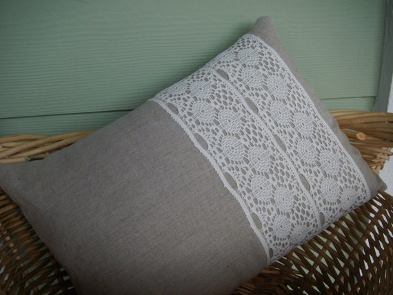 """Linen and Lace Pillow Cover (16"""" x 12"""")"""