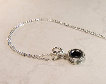 """Spinel (Australian Black Spinel), 6mm x 0.80 Carats, Round Cut, Sterling Silver Pendant Necklace, inc 18"""" to 20"""" (adjustable) Sterling Chain"""