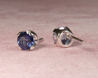 Azotic 'Blue Passion' Topaz, 5mm x 0.58 Carat, Round Cut, Sterling Silver Post Earrings