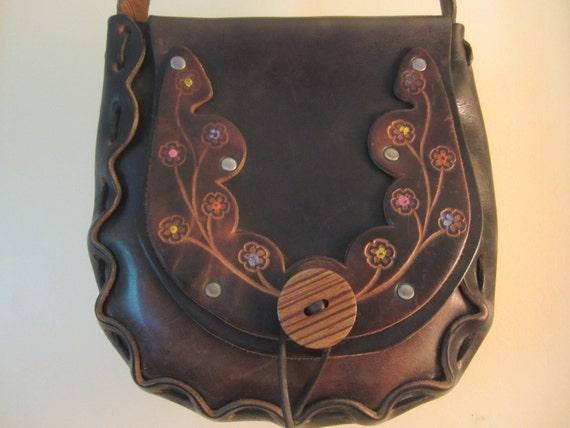 Vintage 1960s Hand Tooled Leather Saddle Bag - Boho Shoulder Bag - Flower Design - Wood Button - Flower Child Bag