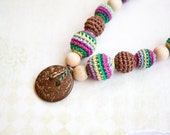 Nursing Necklace - Teething Necklace with a coconut button - Sling Accessory