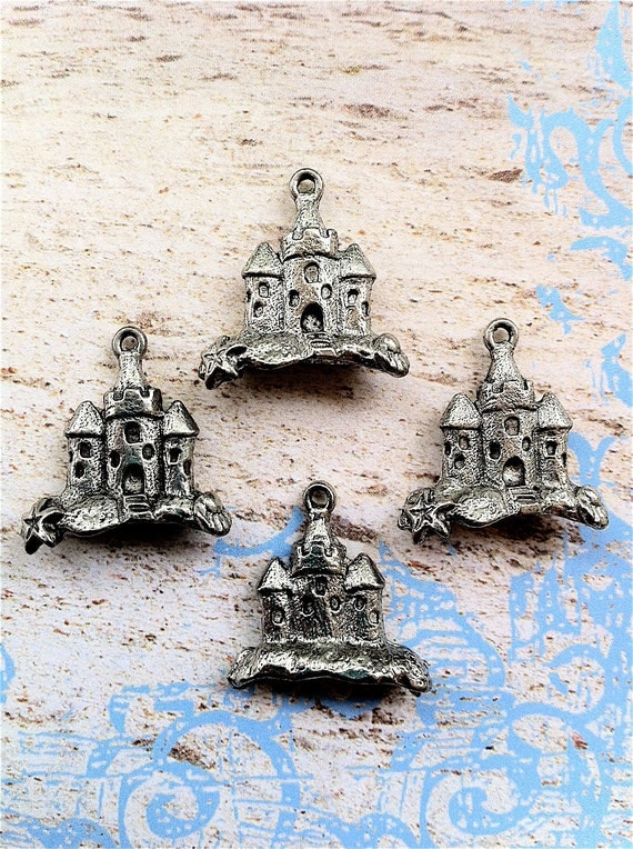 Castle Charms -4 pieces-(Antique Pewter Silver Finish)--style 648--Free combined shipping