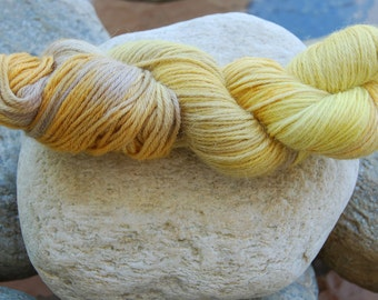 handdyed Alpacayarn - 100g - sports/DK weight - colour 37b