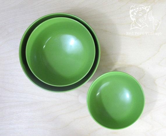 Vintage Green Rosti Melamine Nesting Bowls