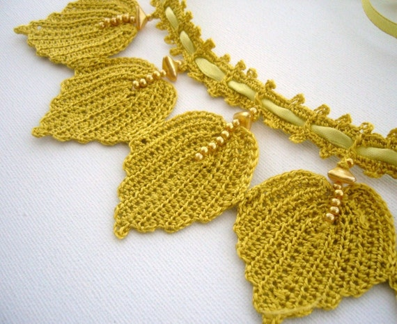Hand Crochet   Bib Necklace Choker Autumn Leaves