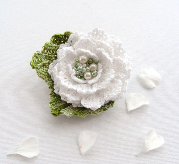 Hand Crochet Beaded Anchor Cotton Corsage Brooch  White Green Flower