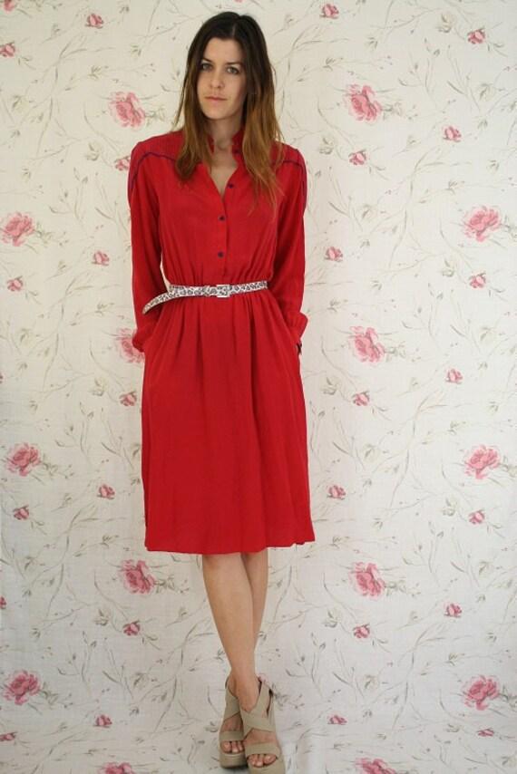 Vintage shirt dress w/ pockets & navy detailing in red silk S