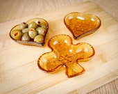 Tiara Amber Bridge, Playing Card Dishes, for serving snacks or ashtrays, Hearts, Clubs (set of 3)