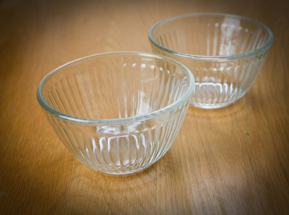 Pyrex Glass Mixing Bowl 3 Cup W Fluted Ribbed Sides Set