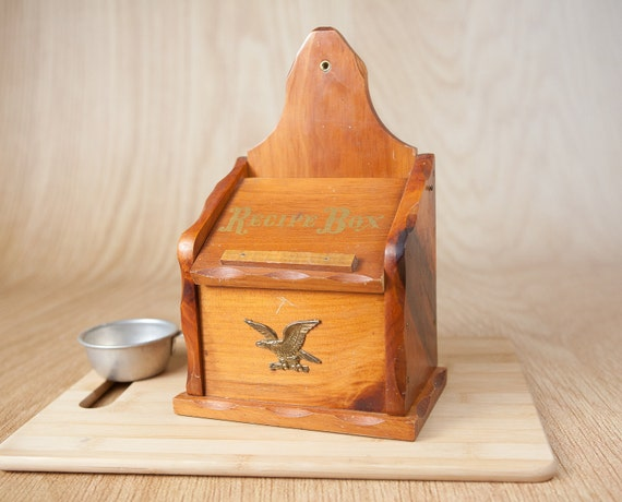 Wooden Recipe Box w/ Brass American Eagle