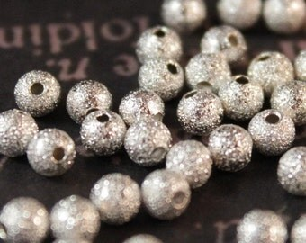 100 pcs Silver Stardust Beads 4mm (SBD338)