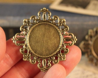 10 pcs Cab Cameo Picture Brooch Broach Setting Filigree 42 x 42mm (BFC204)