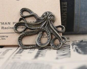 5 pcs Antique Bronze Octopus Charms Pendants (BC313)