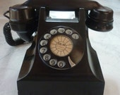 Vintage Collectibles Circa 1950 332AT Rotary Dial Bakelite Table / Desk Phone from the Art Deco era