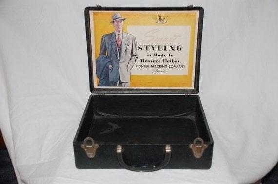 SUMMER SALE  Salesman sample case Pioneer Tailoring Company Chicago 1940's