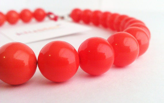 Coral Necklace. Orange Necklace. Pink Necklace. Coral Pink Necklace. Beaded Necklace. Red Necklace. Bridesmaid Necklace. Silver. Kluster.