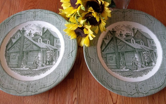 50s 60s Vintage Green and White Old Curiosity Shop Dinner Plates