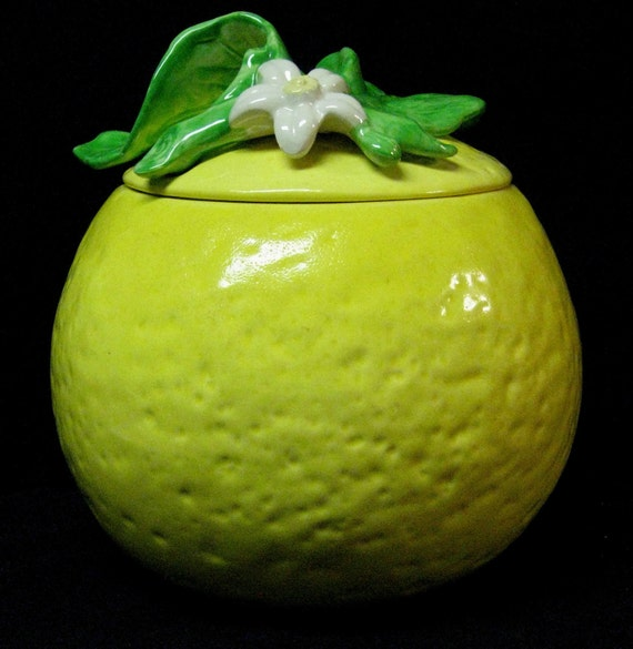 Vintage Lemon Shaped Cookie Jar In Excellent Condition