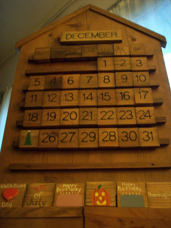 Calendar Wooden Blocks : Full size wooden wall calendar with blocks to change days of