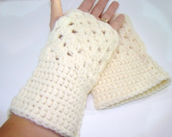 Granny Square Wristers, Wrist Warmer, Fingerless Mitten, Fingerless Glove, Ecru Arm Warmer, Granny Square Mittens, White Winter Fashion