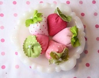 Set of 5 Tea Time Strawberries,Tea Party, Felt Food, Strawberry, Flutterberry, Girl Baby Shower Favor, Children