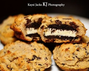6 BIG Chocolate Sandwich Cookies Covered in Chocolate Chip Cookie Dough with or no Walnuts ( Low Carb, Sugar Free, Gluten Free, Grain Free)